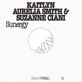 SMITH Kaitlyn Aurelia / CIANI Suzanne : LP Sunergy