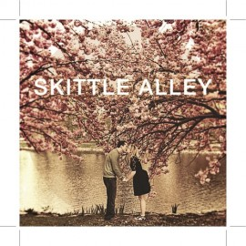 SKITTLE ALLEY : CDR Just A Kiss