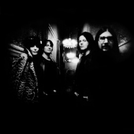DEAD WEATHER (The) : Blue Blood Blues