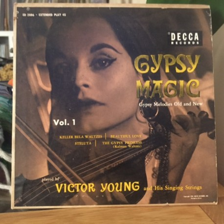 VICTOR YOUNG AND HIS SINGING STRINGS : Gypsy Magic Vol1
