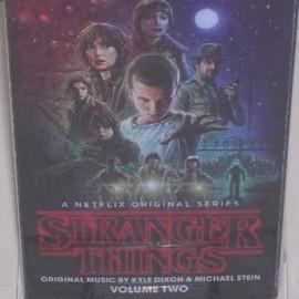 DIXON Kyle & STEIN Michael : K7 Stranger Things Vol2