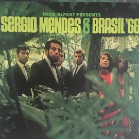 MENDES Sergio : LP Herb Alpert Presents Sergio Mendes & Brasil '66