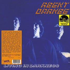 AGENT ORANGE : LP Living In Darkness