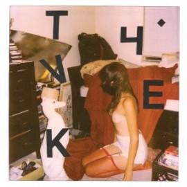 TYVEK : LP Nothing Fits