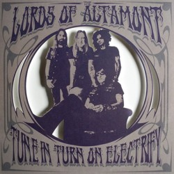 LORDS OF ALTAMONT (the) : She Cried